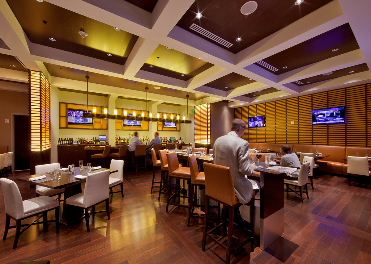Cafe dining at the JW Marriott Marquis in downtown Miami provides a luxury hospitality experience.