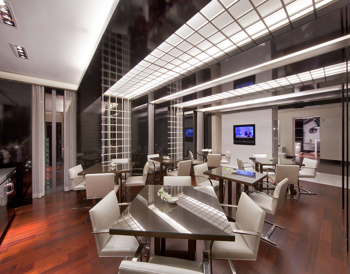 Club room of Beaux Art at the JW Marriott Marquis in downtown Miami for luxury hospitality.